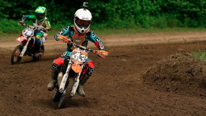 Buying-a-Used-Dirt-Bike-for-Your-Kids